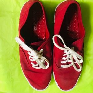 American Eagle Red Canvas Sneakers 8
